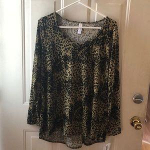 NWT LuLaRoe long sleeved blouse